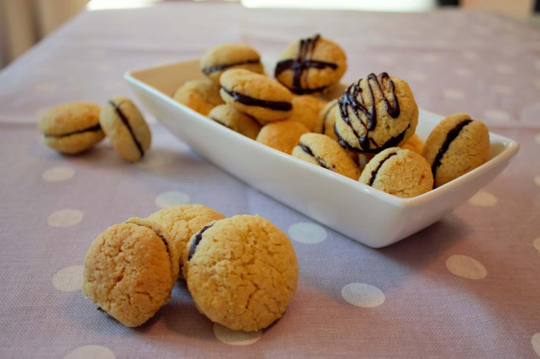 Печенье из Пьемонта «Baci di dama» – поцелуй возлюбленной