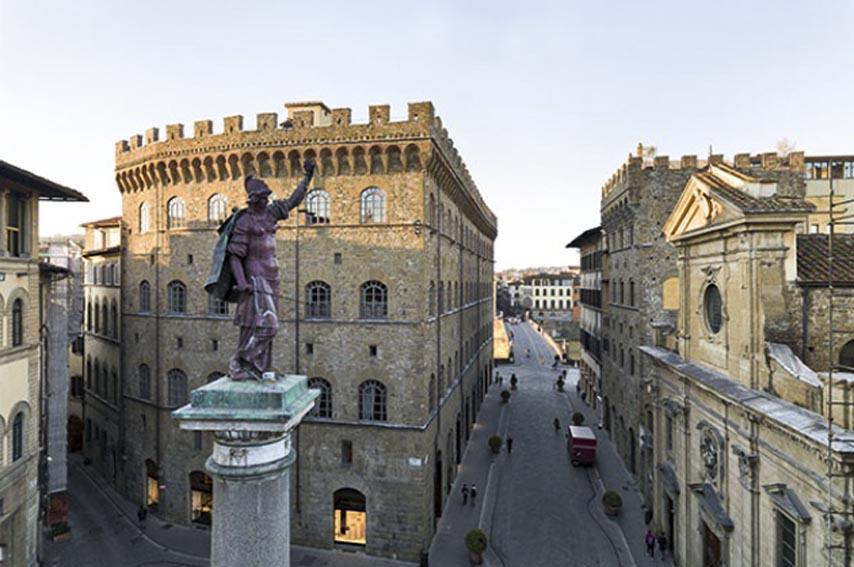 «A Palace and the City»  Выставка в Музее Salvatore Ferragamo