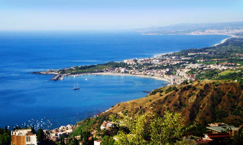 Лучшие курорты Сицилии  Taormina, Alessandro Rossi, CC BY-ND