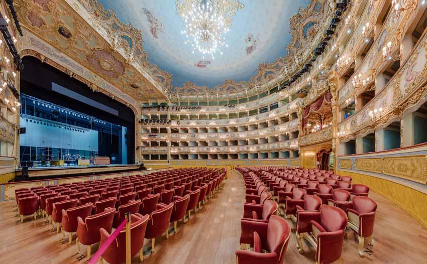 Театр Ла Фениче, Венеция фото: Лью Сонг CC BY-SA