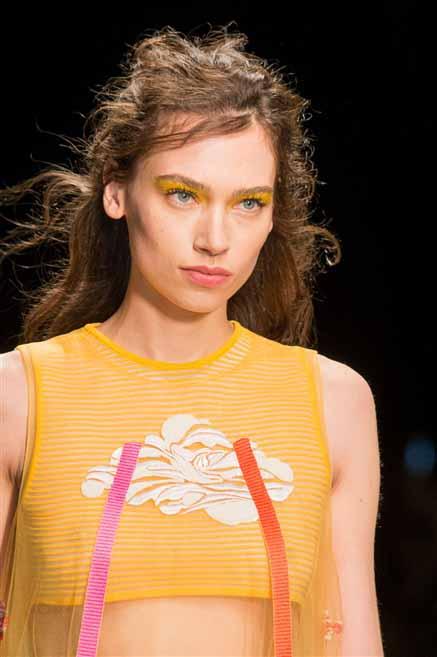Новая коллекция одежды Byblos Milano лето 2017
