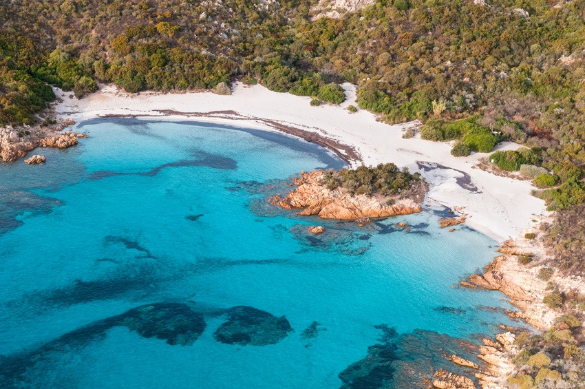 Сардиния Коста-Змеральда/Costa Smeralda, Sardegna: spiaggia del Principe