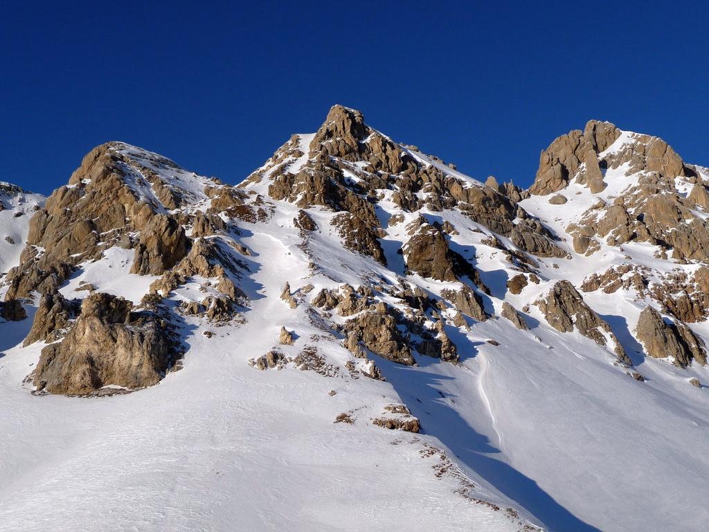 CC BY Pietro Zanarini Bianco e azzurro - San Pellegrino - Dolomiti