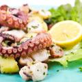 Традиционные блюда итальянской кухни – Салат из осьминога и картофеля