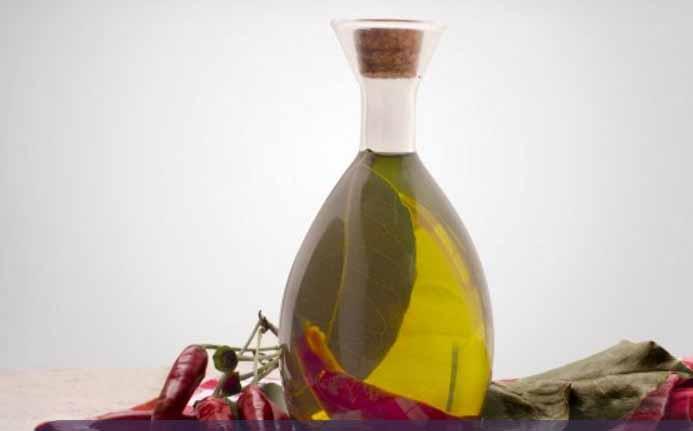 Оливковое масло с красным перцем
