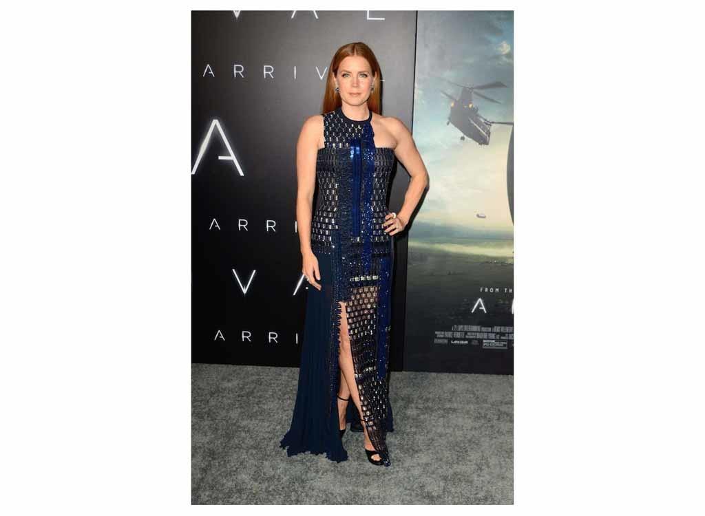 Эми Адамс в Versace
