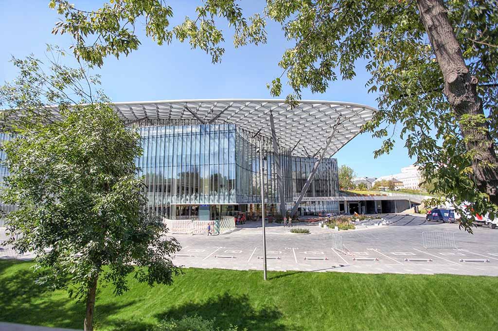 концертный зал зарядье москва
